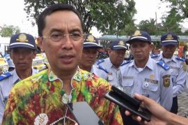 Pemerintah Kota Banjarmasin luncurkan Angkot pelajar ceria