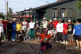 Para pensiunan gelorakan wisata susur sungai Banjarmasin