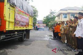Bantuan Pemkab HST untuk korban Palu dikirim melalui Samarinda