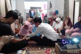 PKM ULM berdayakan kelompok perempuan di Rumah Kreatif Banjarmasin