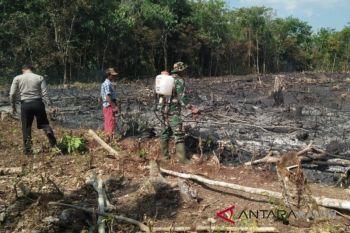 Tim Karhutla HST berhasil padamkan lahan seluas 1,2 Hektar