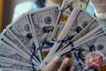 Dolar sedikit melemah di tengah data terbaru ekonomi AS