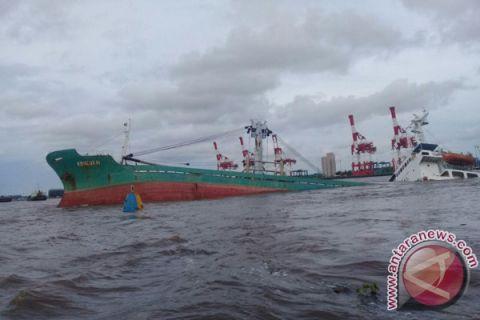 KNKT Investigates Sinking MV Keneukai