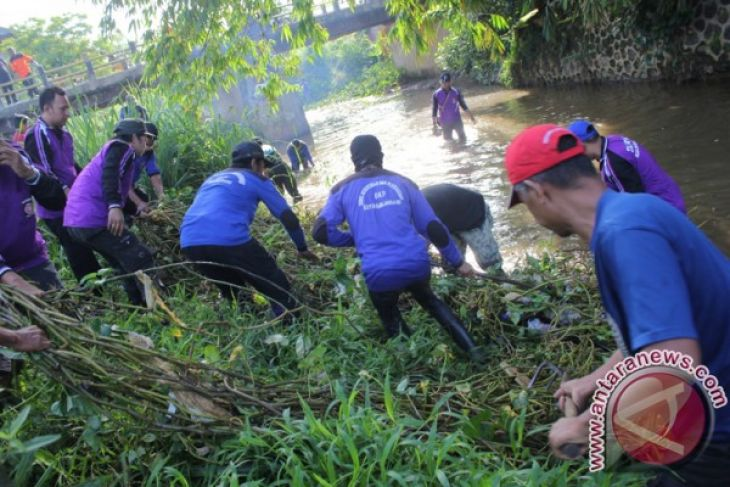 Karang Tarunas Help Prevent Drugs Abuse
