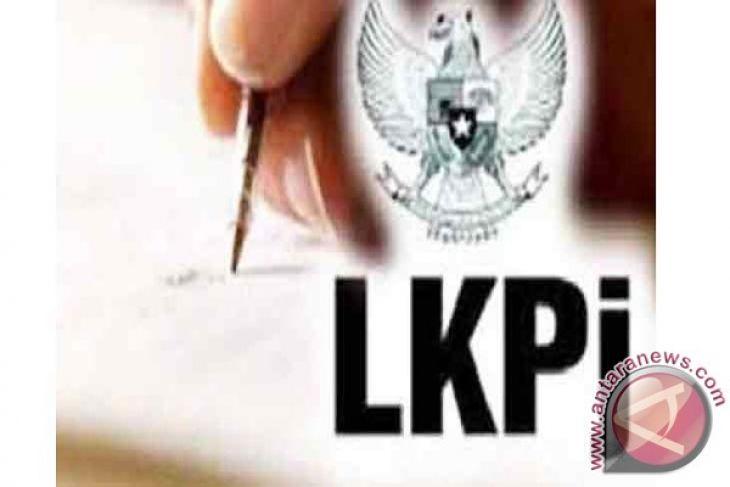 DPRD Banjarbaru Berikan