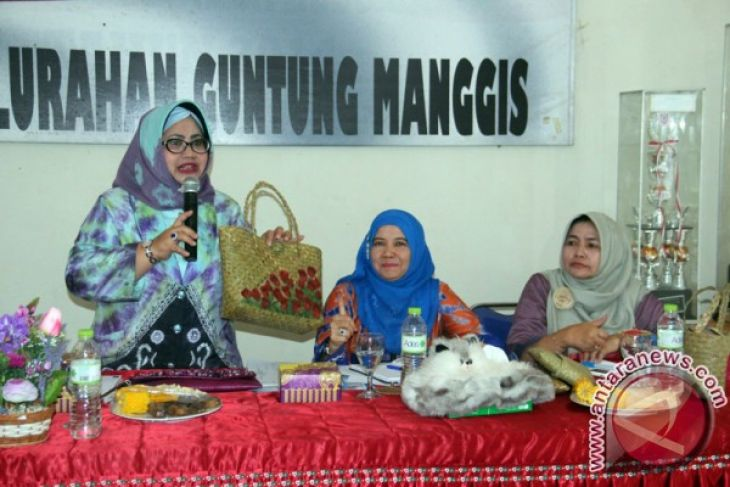 Banjarbaru Mayor signs a creative economy agreement
