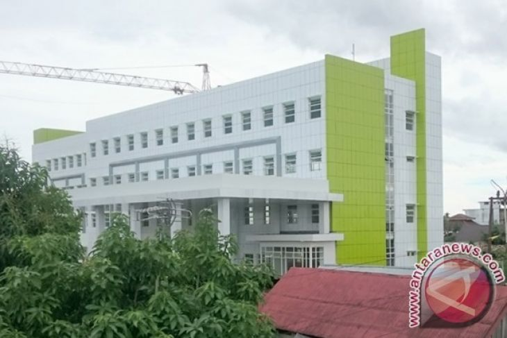 DPRD Pesimis Penyelesaian RS Sultan Suriansyah Tepat Waktu