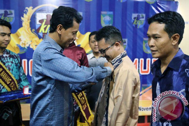 Bupati Hadiri Malam Anugerah KNPI