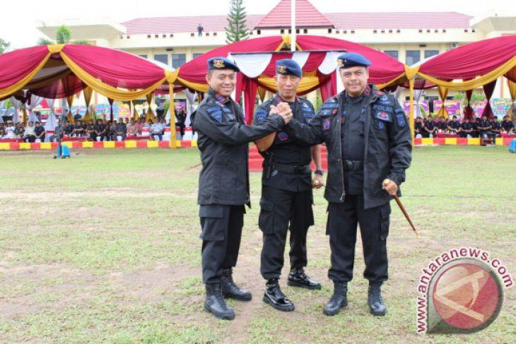 Kapolda Dan Wakapolda Dianugerahi Warga Kehormatan Brimob