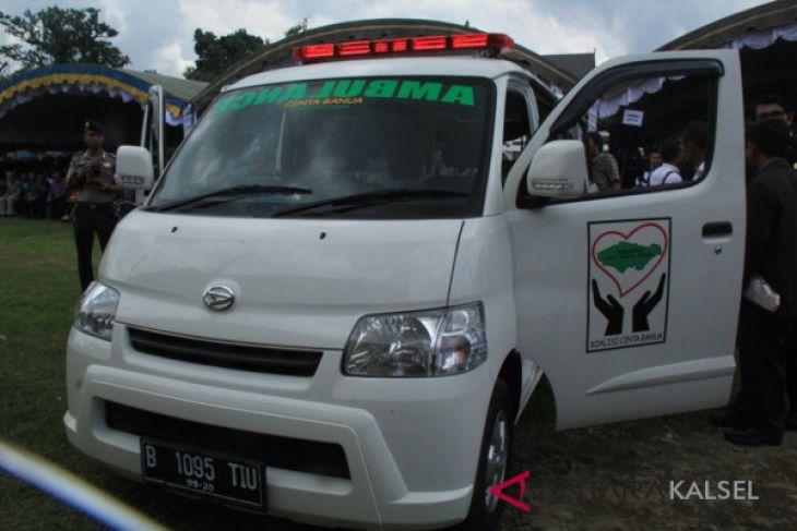 Community Disappointed, KPK Brings Cinta Banua Ambulance