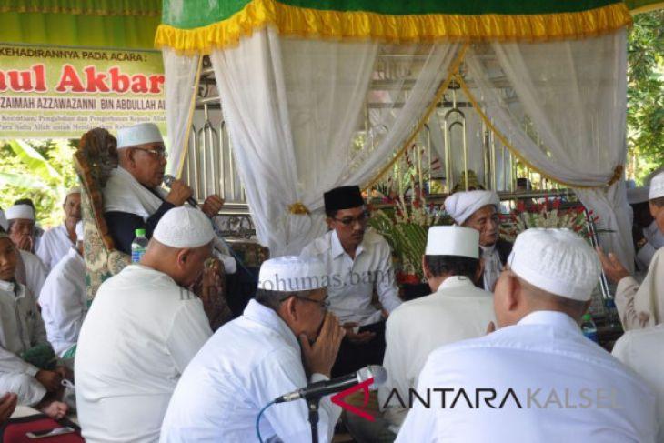 Wabup Hadiri Haul Datu Sykeh  Khuzaimah Azzawazanni Bin Abdullah Al-Idrus