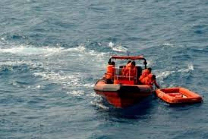 Personel SAR Banjarmasin bantu pencarian kakek nelayan