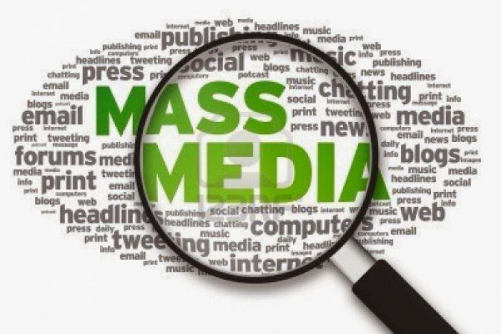 Media massa jembatan menuju kesuksesan