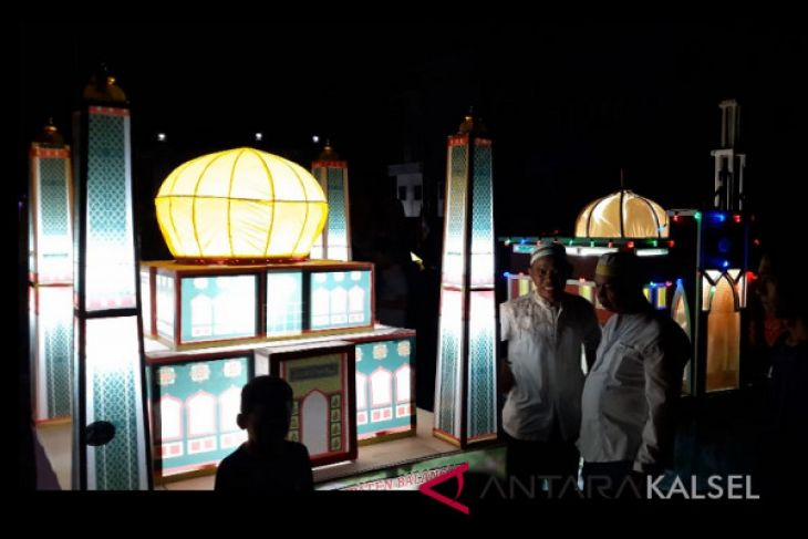 Video - Tradisi budaya Tanglong di Kabupaten Balangan