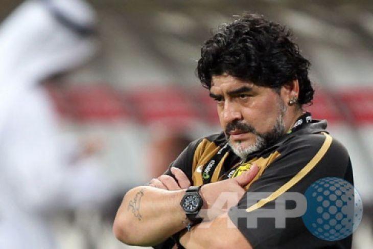 Maradona ancam Sampaoli: Ganti taktik atau jangan pulang ke Argentina