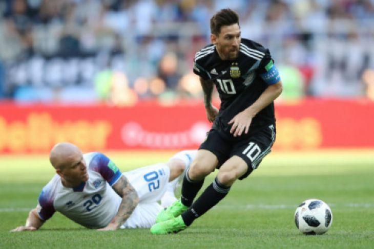 Rangkuman dan klasemen Piala Dunia Grup A sampai D