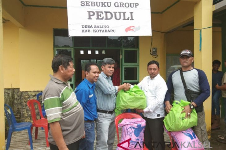 Sebuku Group bagikan 800 paket sembako gratis