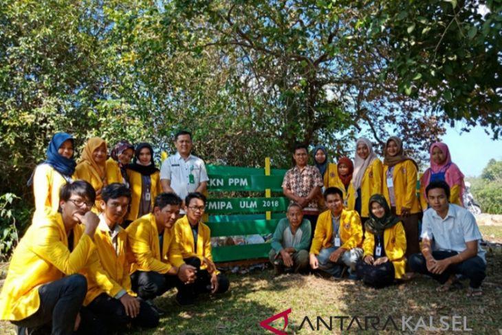 Mahasiswa ULM Bangun TPS di Desa Tabanio