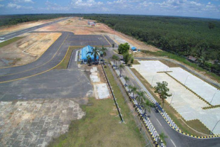 Dana Operasional bandara Warukin berkurang