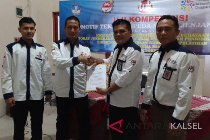 45 peserta ikuti uji kompetensi di TUK Kharisma Banjarmasin