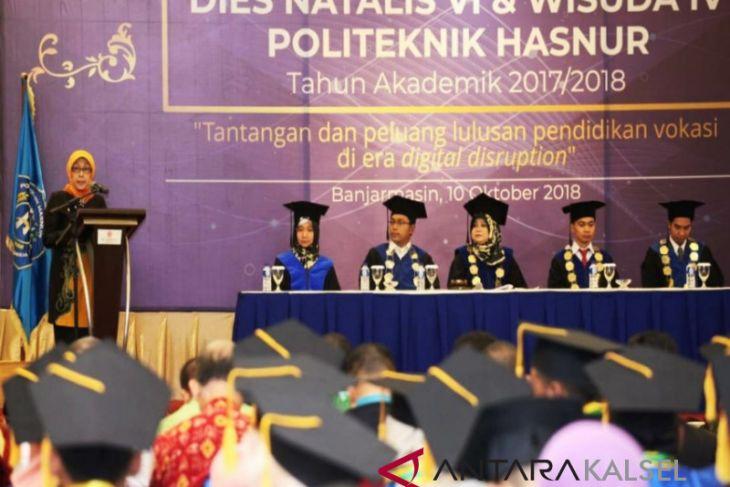 Politeknik Hasnur wisuda 45 mahasiswa