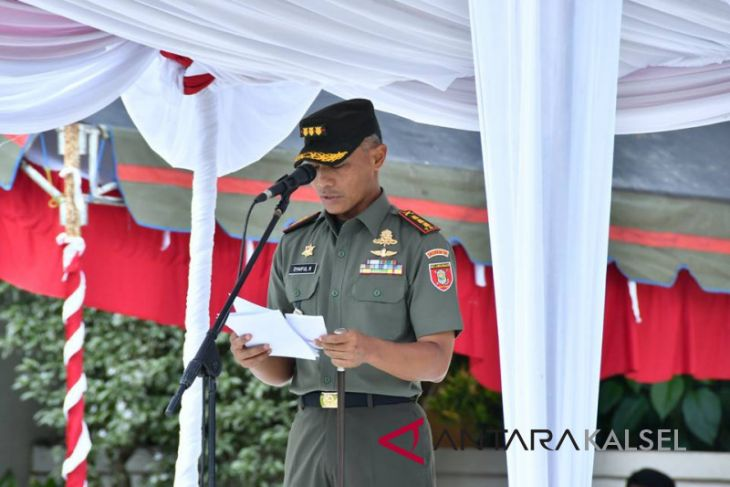 TNI manunggal rakyat wujudkan desa maju, sejahtera dan demokratis