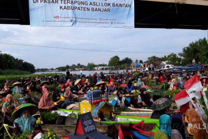 Ratusan Peserta Ikuti Festival Pasar Terapung Lok Baintan