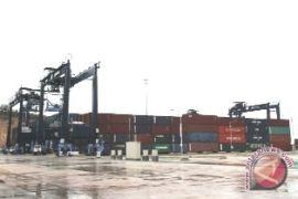 Direct call dari Pelabuhan Kariangau hemat waktu dan biaya