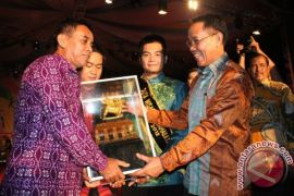 2015 Festival Kemilau Bersama Festival Borneo