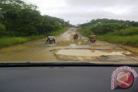 Anggaran peningkatan jalan trans Kalimantan Penajam Rp60 miliar