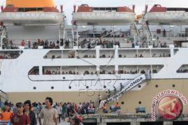 Dua kapal tambahan disiapkan di pelabuhan Semayang