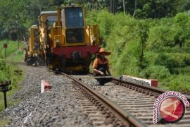 Pemkab Penajam tunda perpanjangan izin lokasi proyek rel KA Borneo