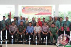 Wawali Lantik 16 Ketua RT se-Kelurahan Bontang Kuala