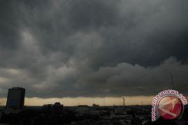 Waspada, cuaca ekstrem masih berpotensi melanda Kaltim