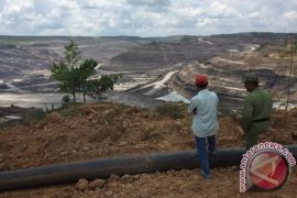 Ribuan Warga Desa Terkepung Tambang Minta Secepatnya Direlokasi