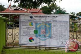 Kades Diminta Pasang Baliho Penggunaan Dana Desa
