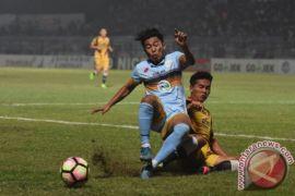 Mantan Gelandang Persela Edy Gunawan Gabung Borneo FC
