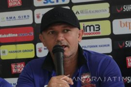 Piala Gubernur: Madura United jeblok, Gomes mundur dari kursi pelatih