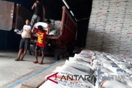 Bulog targetkan serap 3.500 ton beras petani penajam