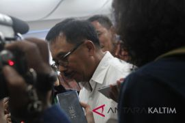 Rizal kunjungi keluarga nusyirwan dulu, lanjut daftar ke KPU