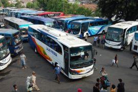 Bus Antar Kota Antar Provinsi, Teman Sejati Mahasiswa dan Perantau