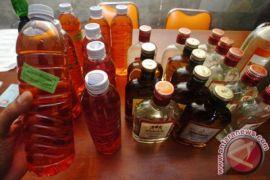 Korban tewas minuman keras oplosan di Jabar mencapai 45 orang