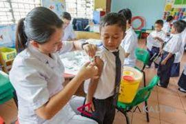 Vaksinasi campak Rubella terkendala izin orang tua