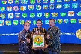Samarinda Raih Penghargaan Pasar Tertib Ukur