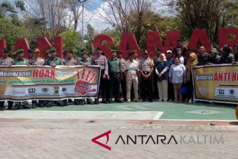 Wartawan bersama TNI-Polri Samarinda deklarasi tolak hoaks