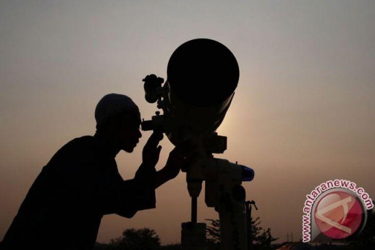 Hilal tidak terlihat, awal Ramadhan mulai 17 Mei