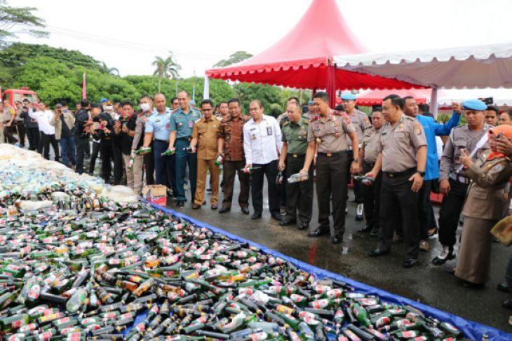 Sabu-sabu dan minuman keras senilai Rp12,6 miliar dimusnahkan