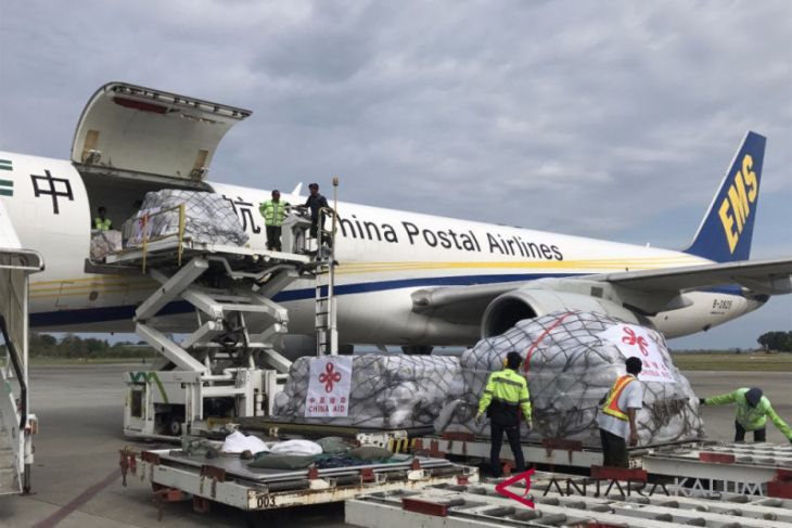 Tiongkok Kirim Lima Pesawat Bantuan Korban Gempat-Tsunami Palu