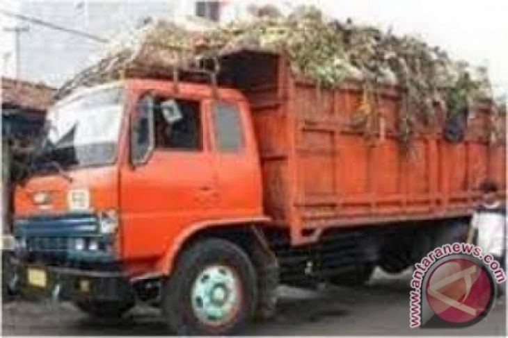 Truk Sampah Berhenti Operasi Terkendala Anggaran