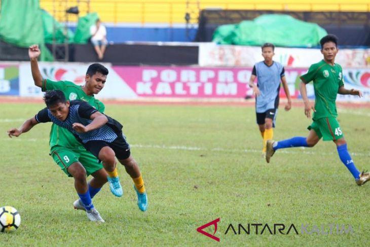 Kutim Gasak Kubar 4-0  Jaga Peluang Lolos Empat Besar